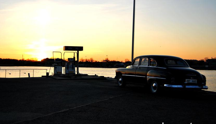 Pulmaauto   Retro limusiini rent