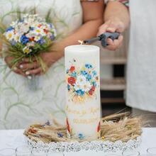 Võhma Valgusevabriku käsitsi valatud pulmaküünal maalitud pruudikimbu lilledega
